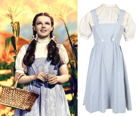 judy_garland_wizard_of_oz_dress_put_up_for_auction_r2c6n